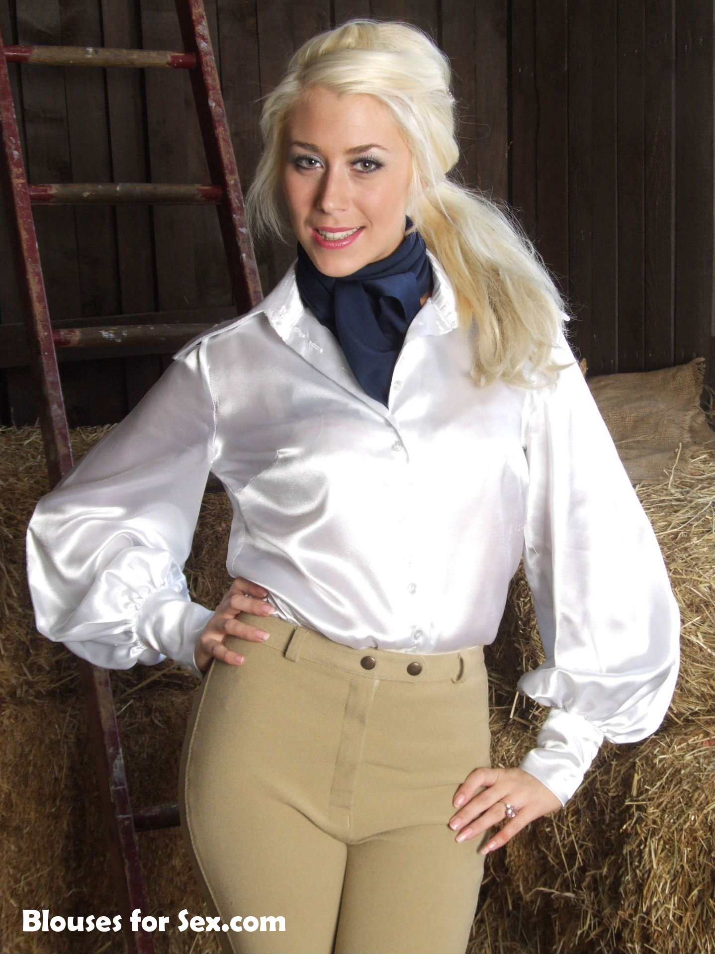 Scarf Cravat for Stable Girl